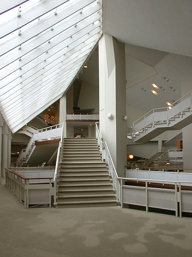 Berlin Philharmonic by Hans Scharoun: Built to replace the old Philharmonie - Sheet17