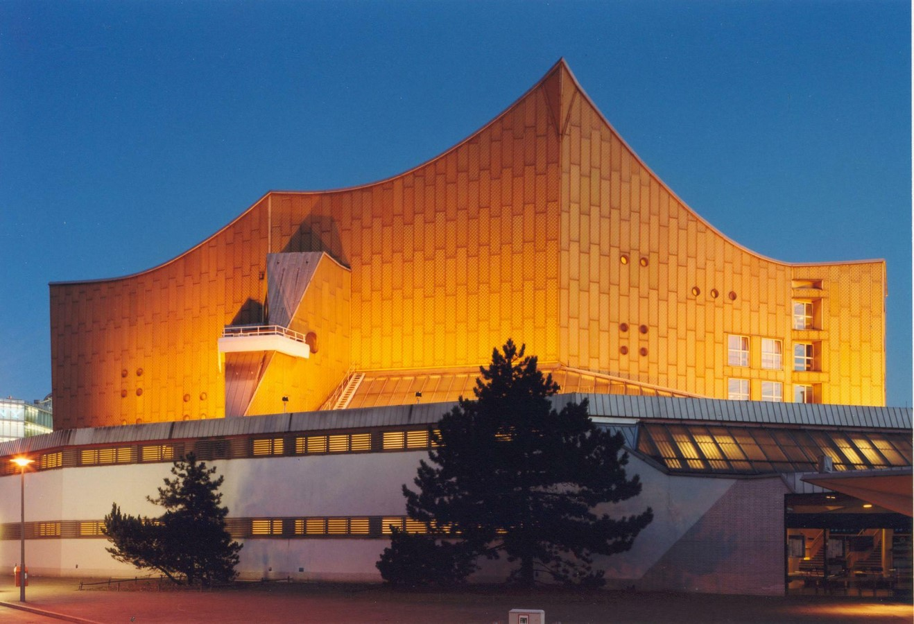 Berlin Philharmonic by Hans Scharoun: Built to replace the old Philharmonie - Sheet21