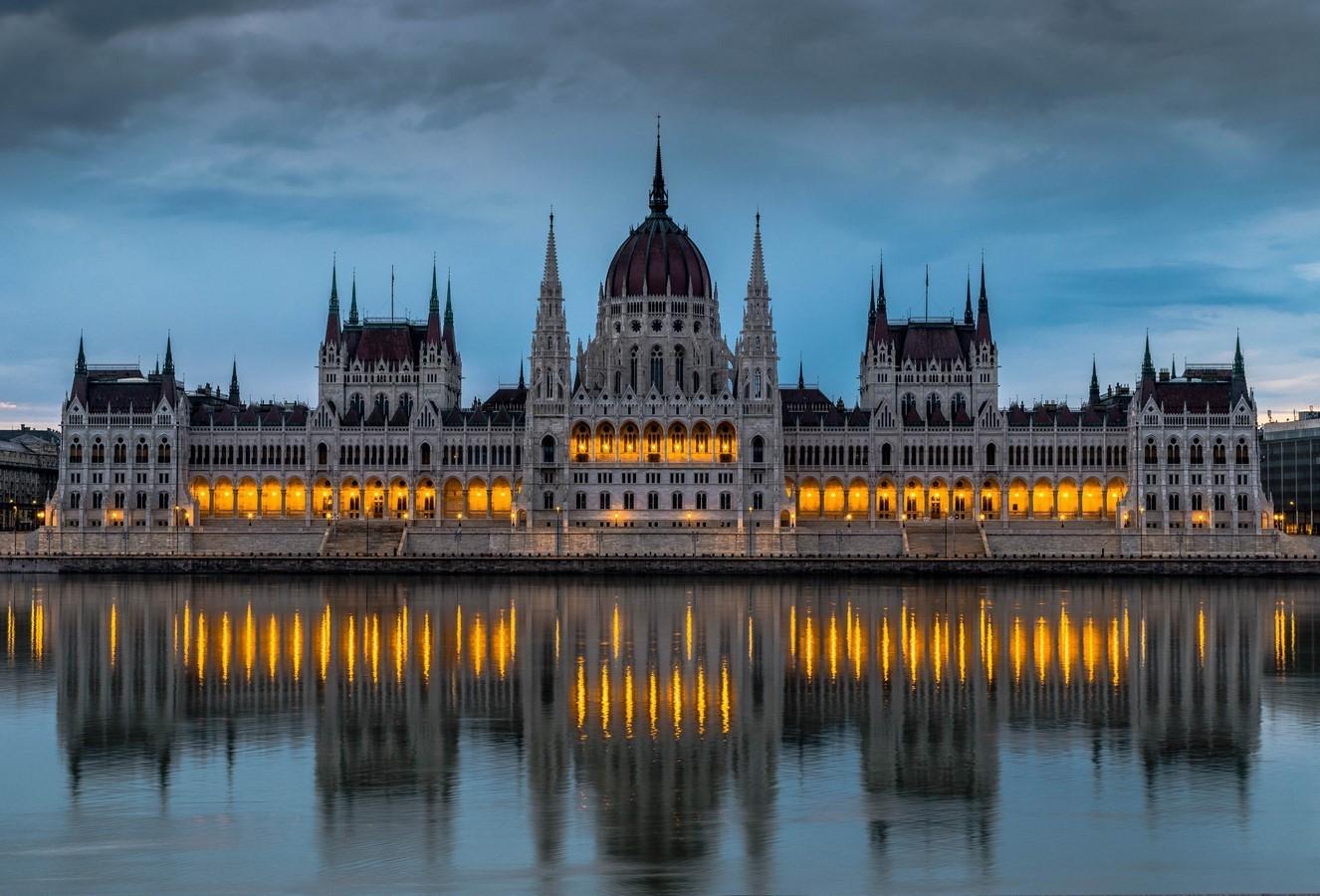 The Hungarian Parliament Building - Sheet1