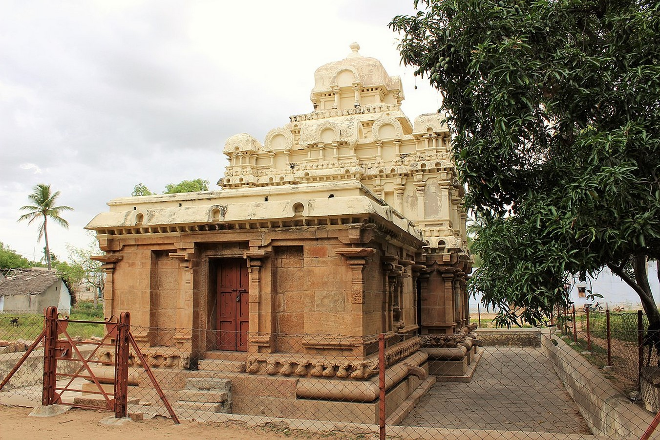 The Chola Empire and its Architectural Prowess - Sheet4