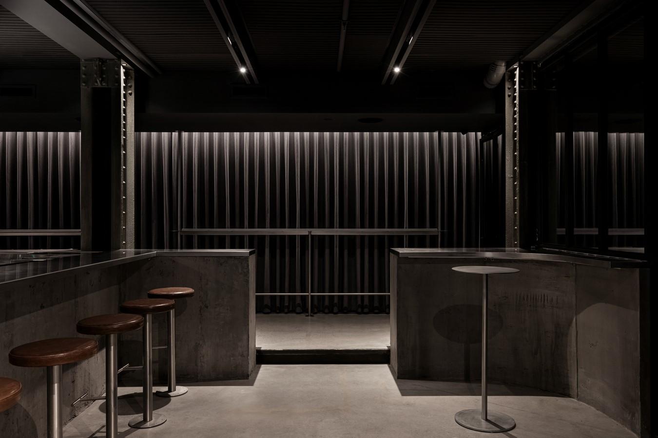 5052 Stillife by Alain Carle Architecte Inc : Sheet 1.