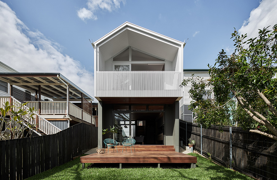 One Plus One House by REFRESH DESIGN