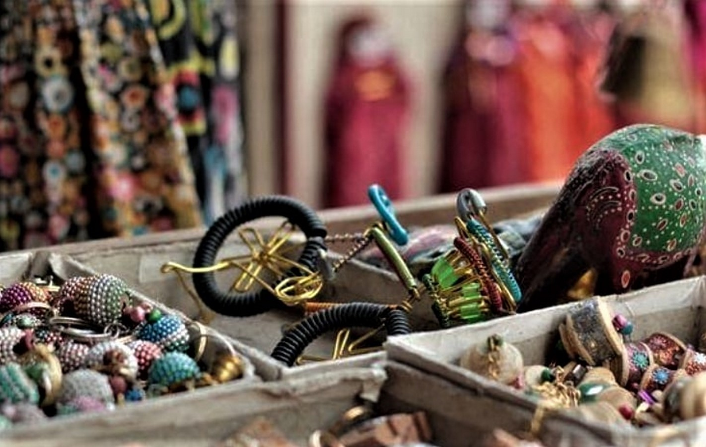 15 Places For Designers to Street Shop in India Sheet4