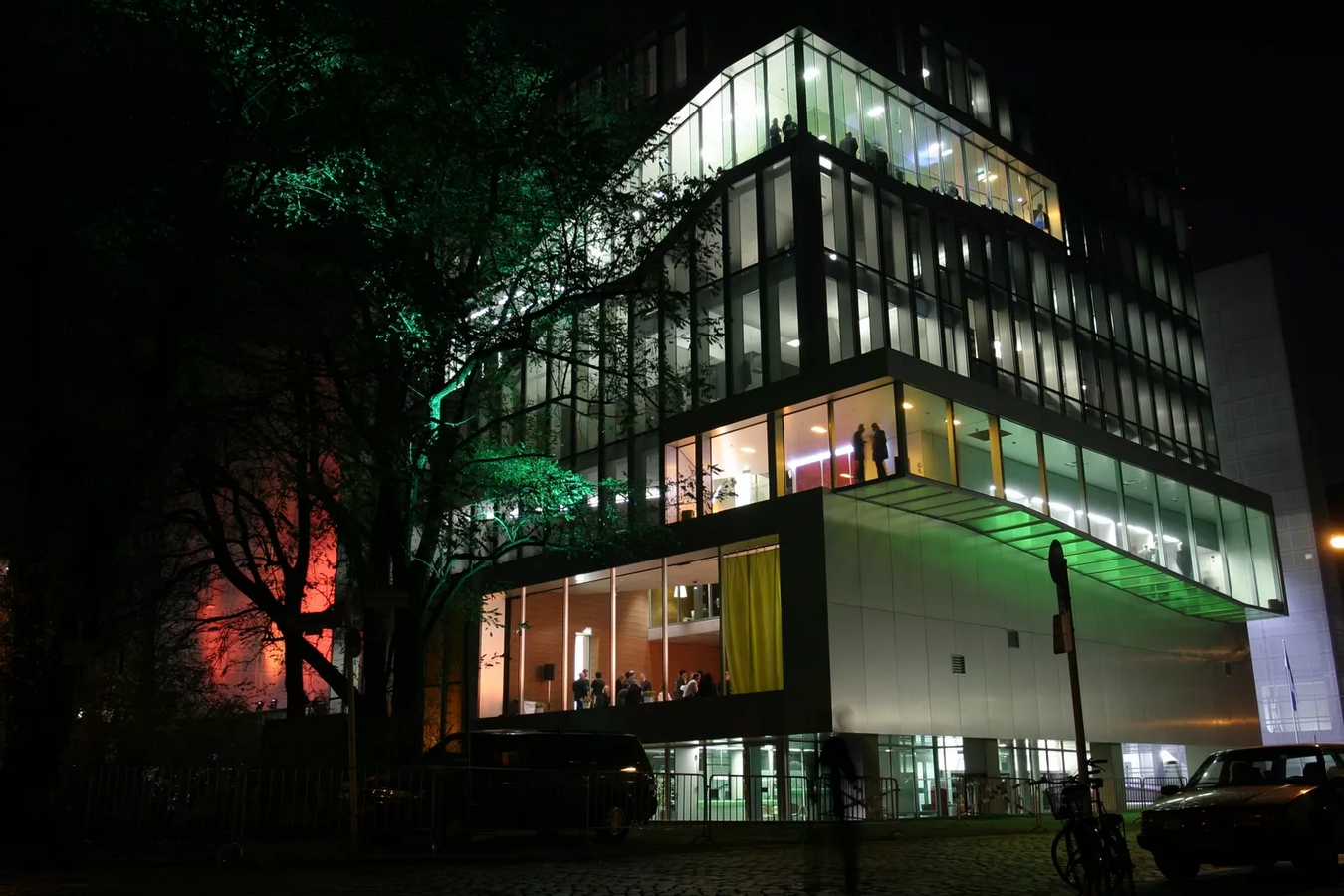 Netherlands Embassy, Berlin by Rem Koolhaas: In Between nature and architecture - Sheet2
