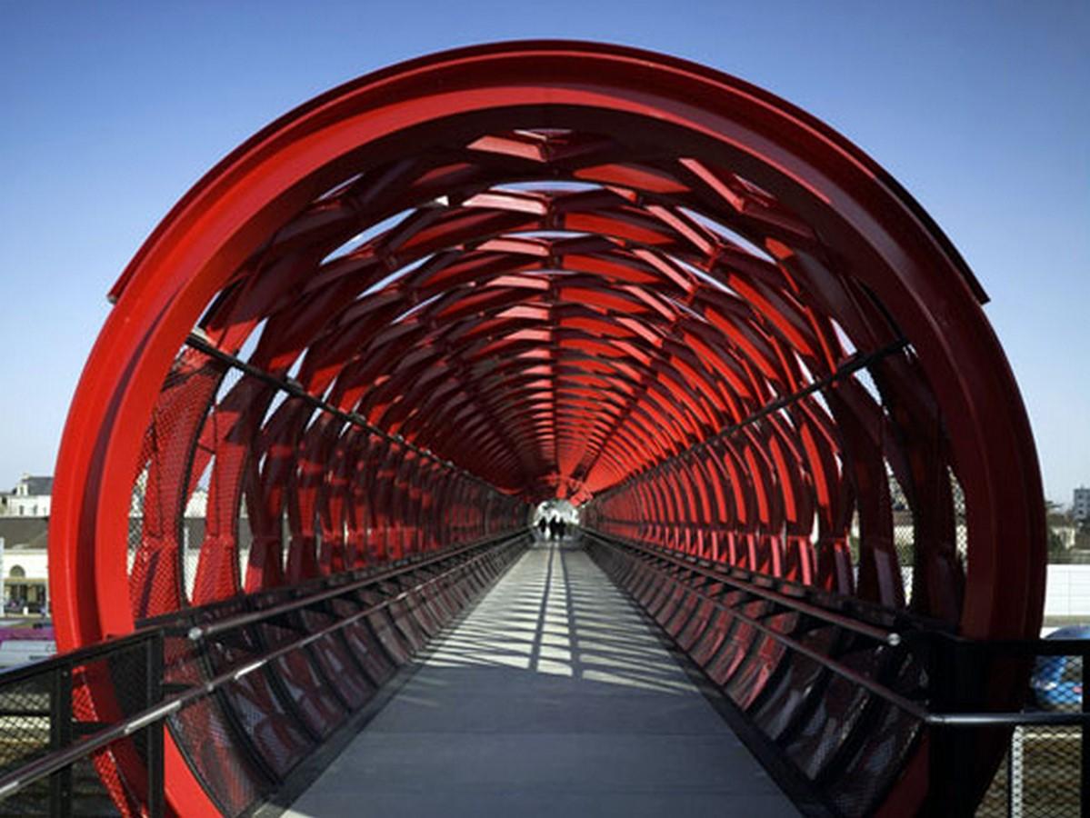 La Roche-sur-Yon Pedestrian Bridge, France - Sheet1