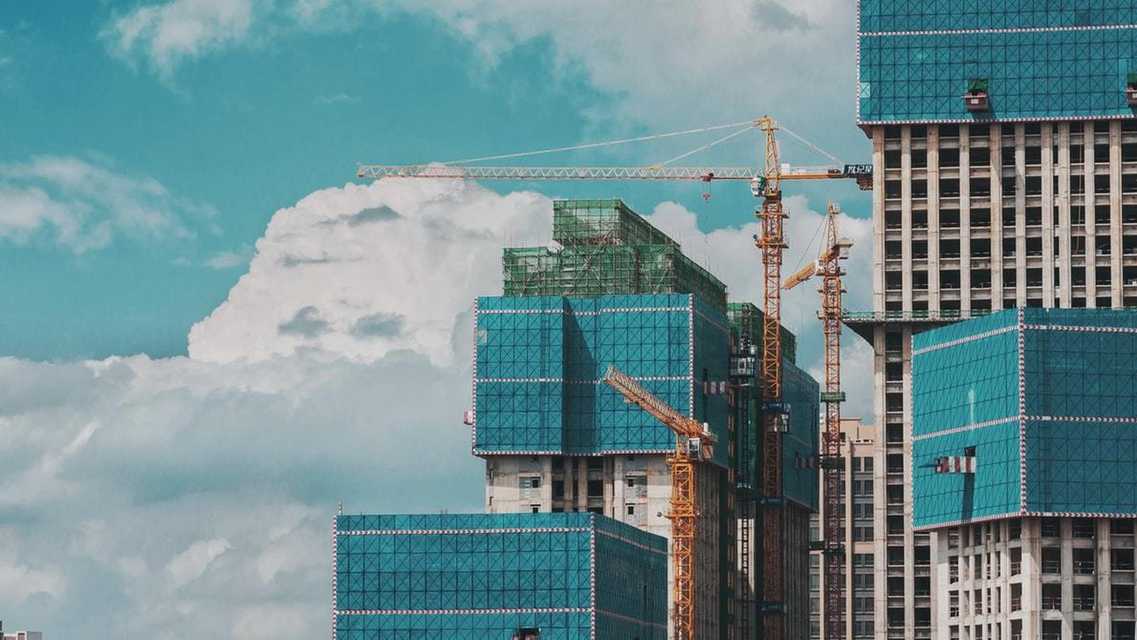What are the Socio-Economics factors of the construction industry? Sheet2