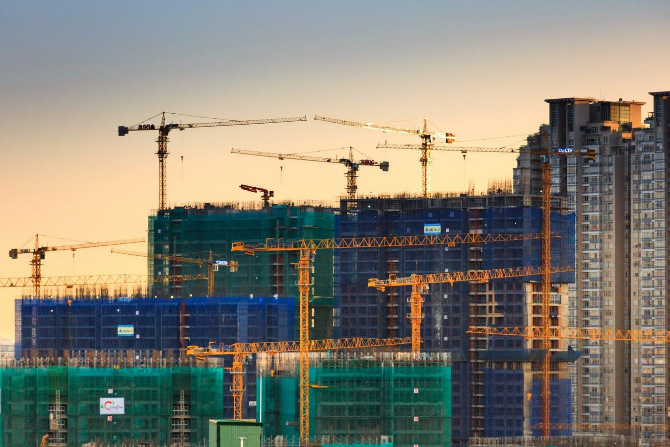 What are the Socio-Economics factors of the construction industry? Sheet6