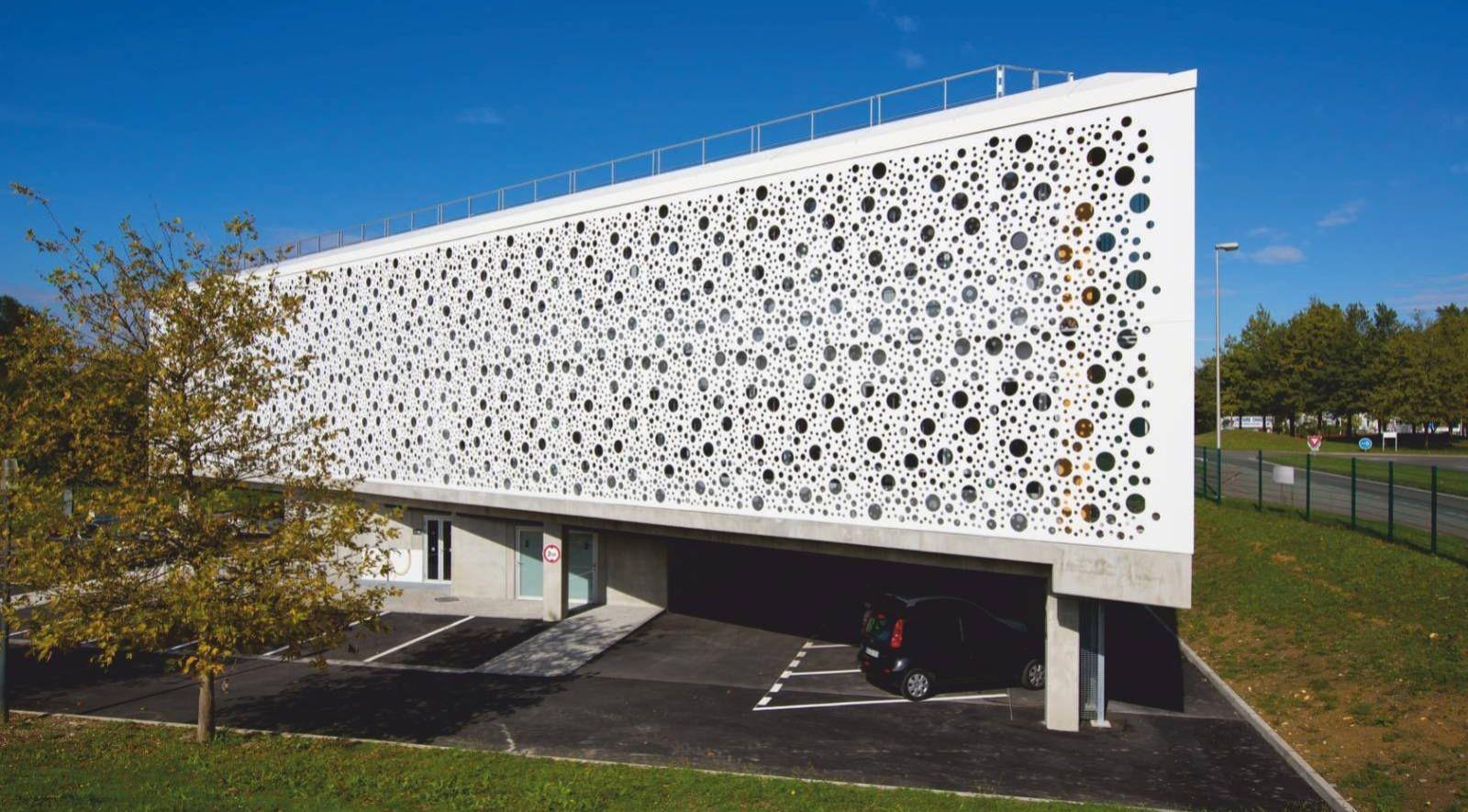 10 Examples of Innovative facade design solutions - Sheet11