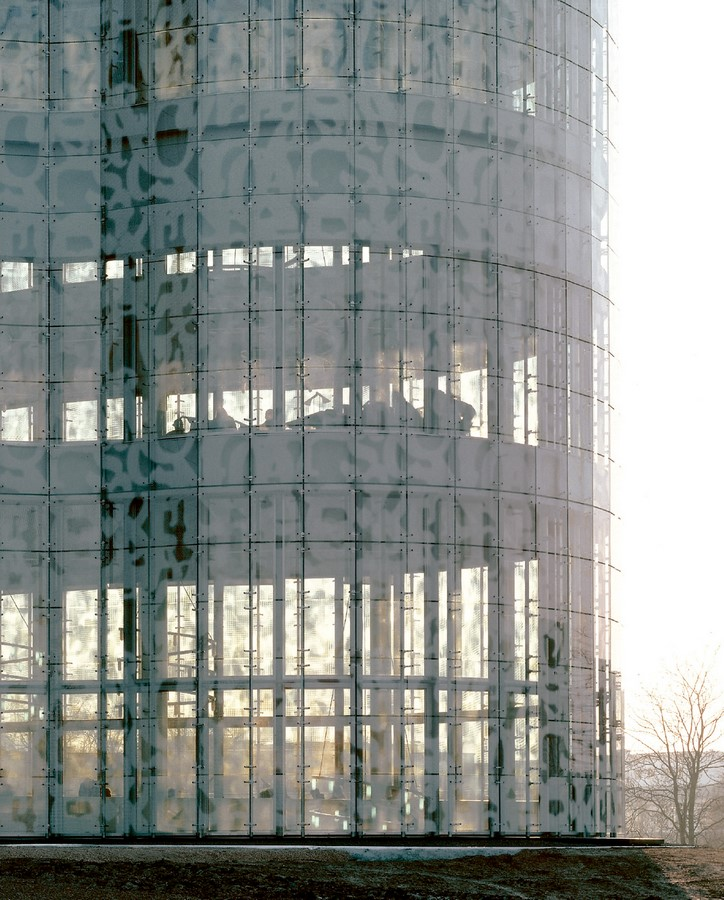 10 Examples of Innovative facade design solutions - Sheet30