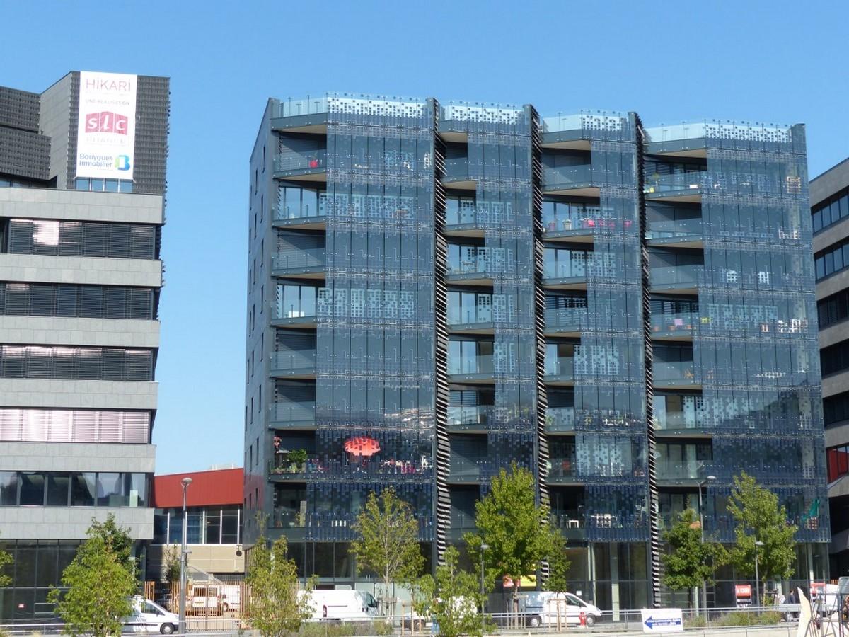 10 Examples of Innovative facade design solutions - Sheet9