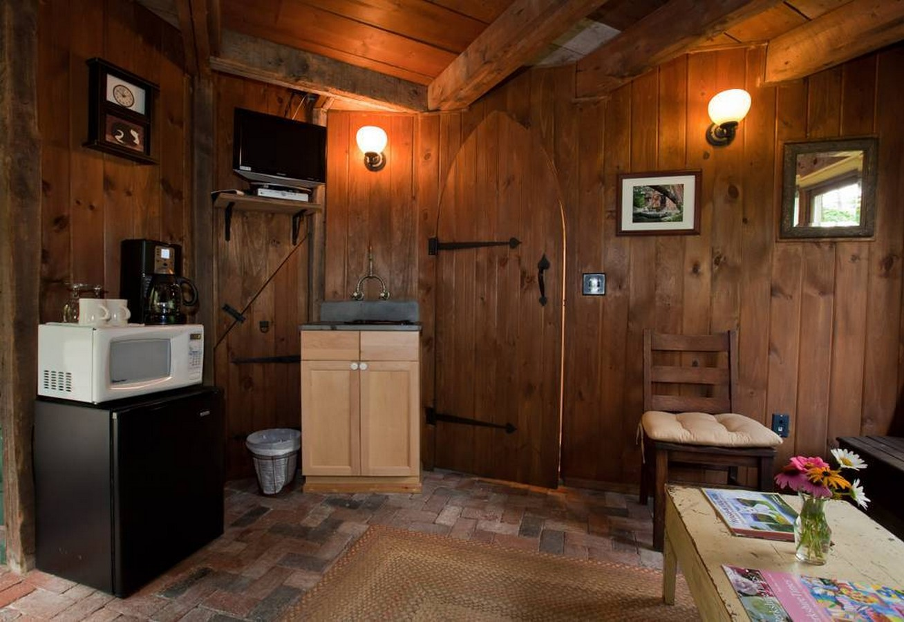15 Examples of Tiny-home designs - Sheet37