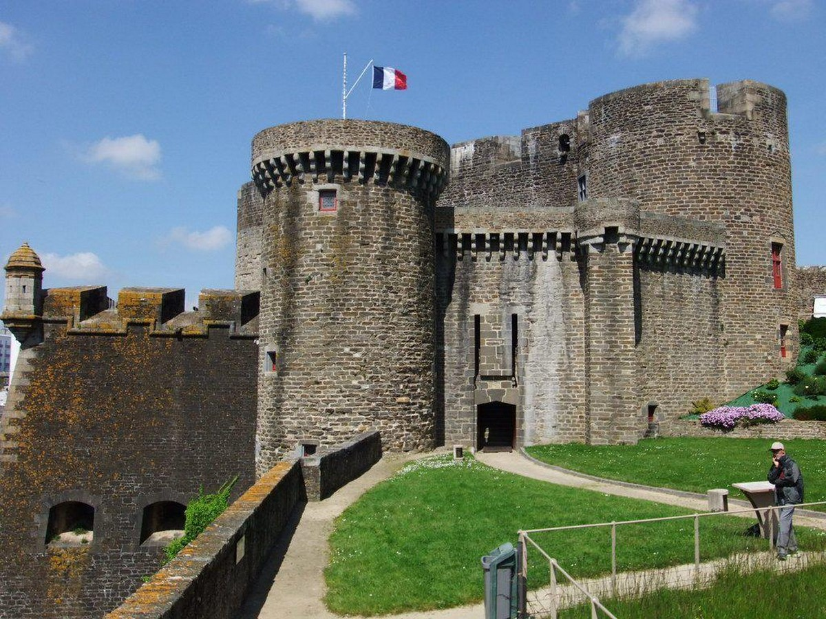 Places to visit in Brest for the Travelling Architect - Sheet10