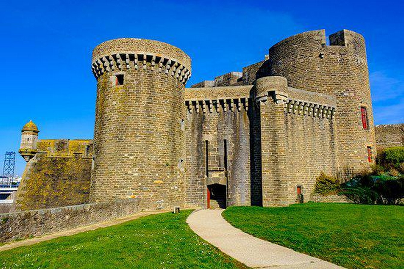 Places to visit in Brest for the Travelling Architect - Sheet5