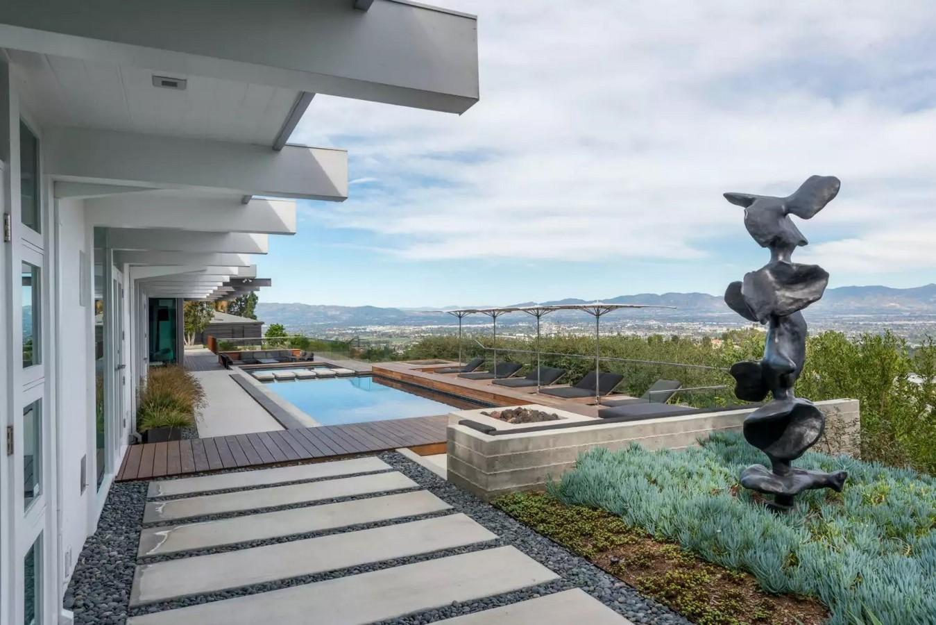 Backyard Design - Sherman Oaks hilltop home, USA