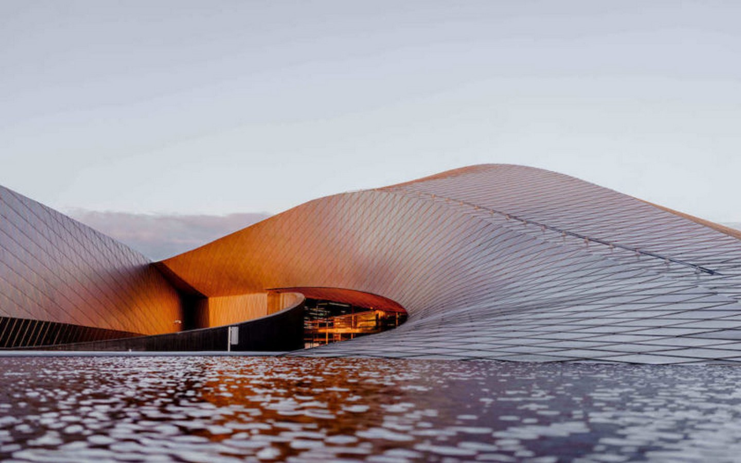 Water Architecture- How architects construct around water - Sheet7