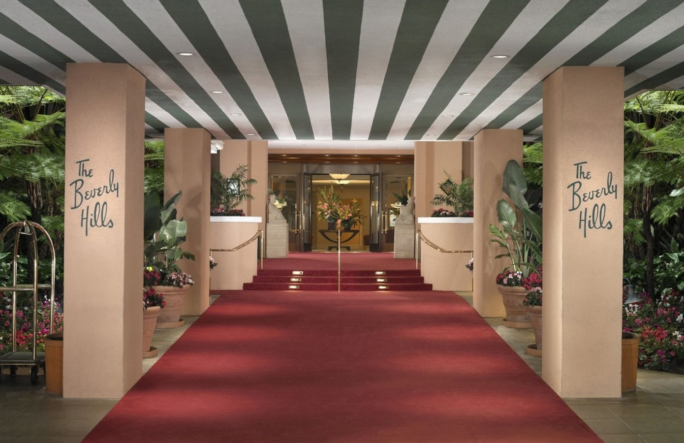 An architectural Review of Hollywood - Sheet7