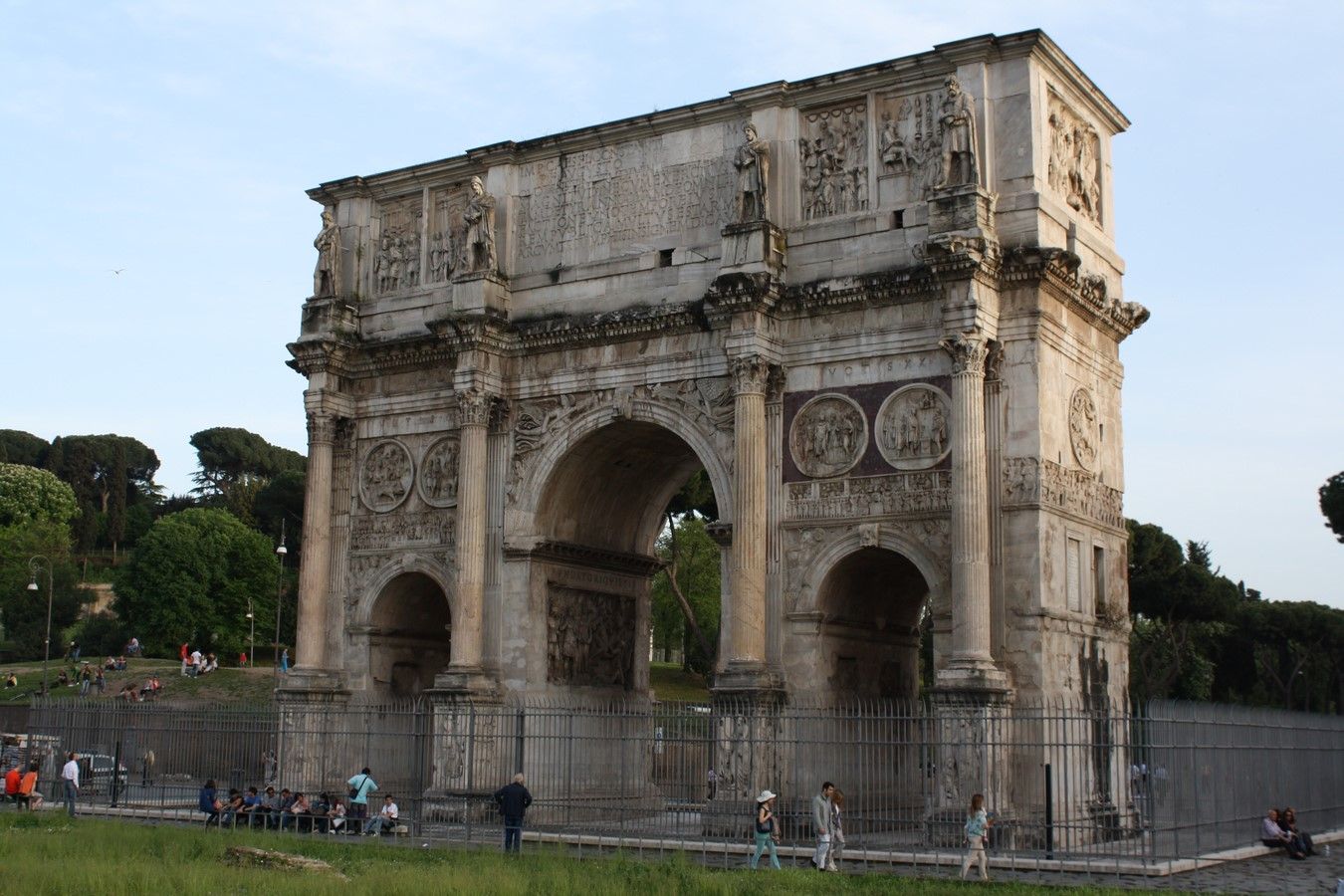 10 Arches of Triumph From Around the World - Sheet15
