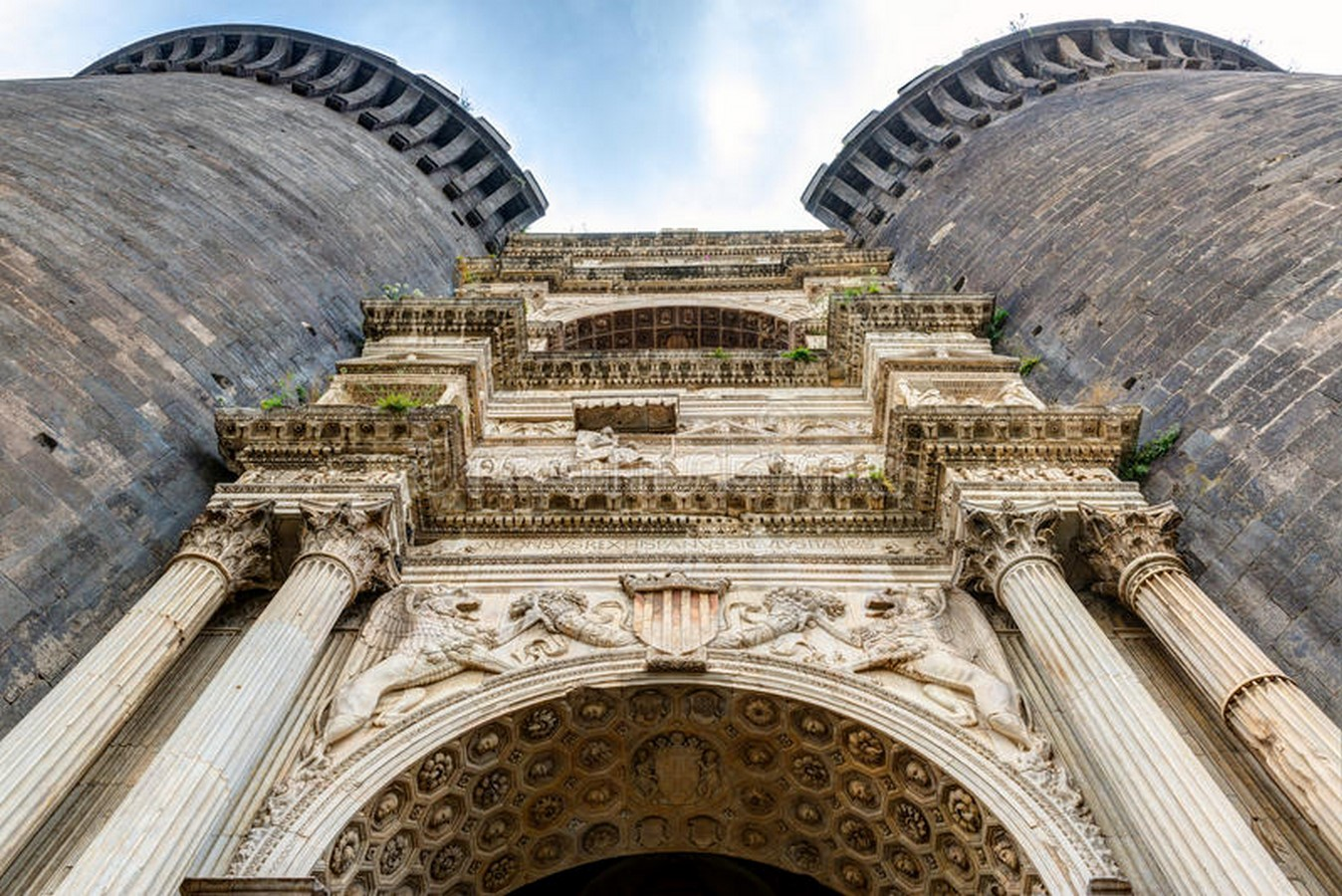 10 Arches of Triumph From Around the World - Sheet18