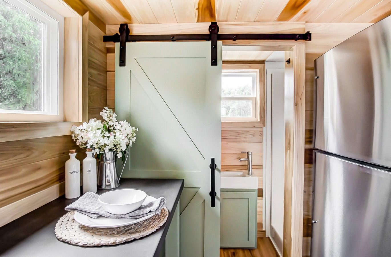 20 Trendy space saving solutions for tiny homes - Sheet10
