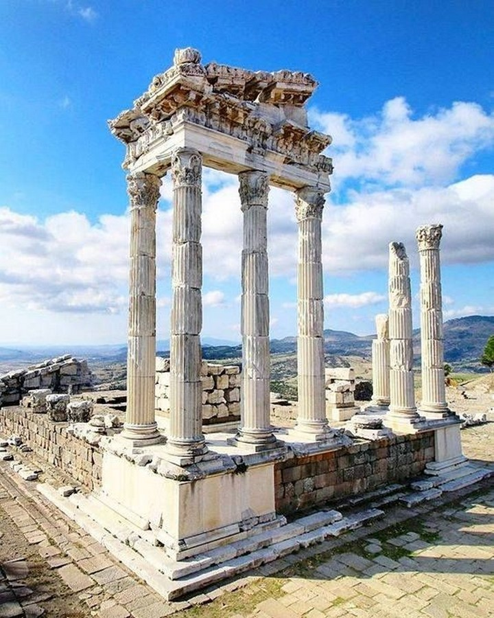 Elements of ancient greek architecture- Sheet13