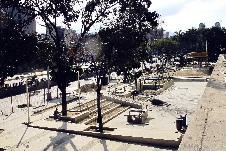 Urban Amenities, Sports Lot, Caracas, Venezuela, Architects- RicardoSanz Sosa and Rodrigo Marin Briceno - Sheet2