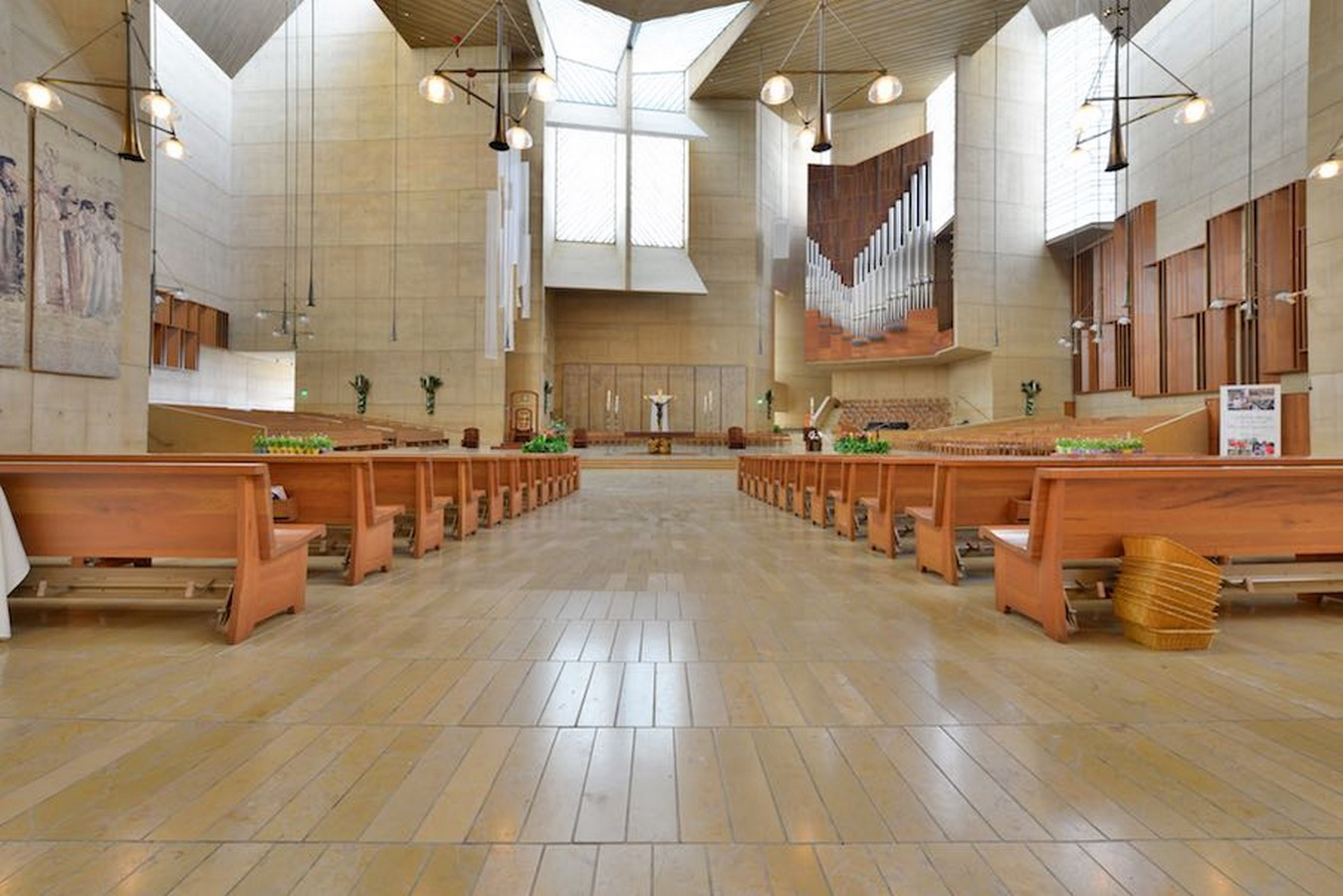 Cathedral of Our Lady of the Angels by Rafael Moneo: A series of acute and obtuse angles - Sheet8