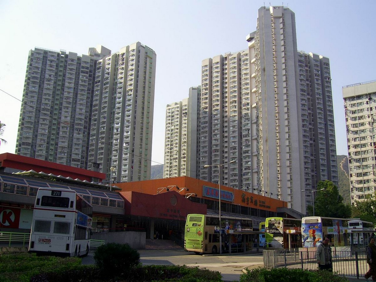 The politically inclined architecture of Hong Kong - Sheet11