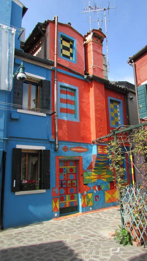 Architecture of Cities: Burano, Italy: Rainbow Architecture Sheet8