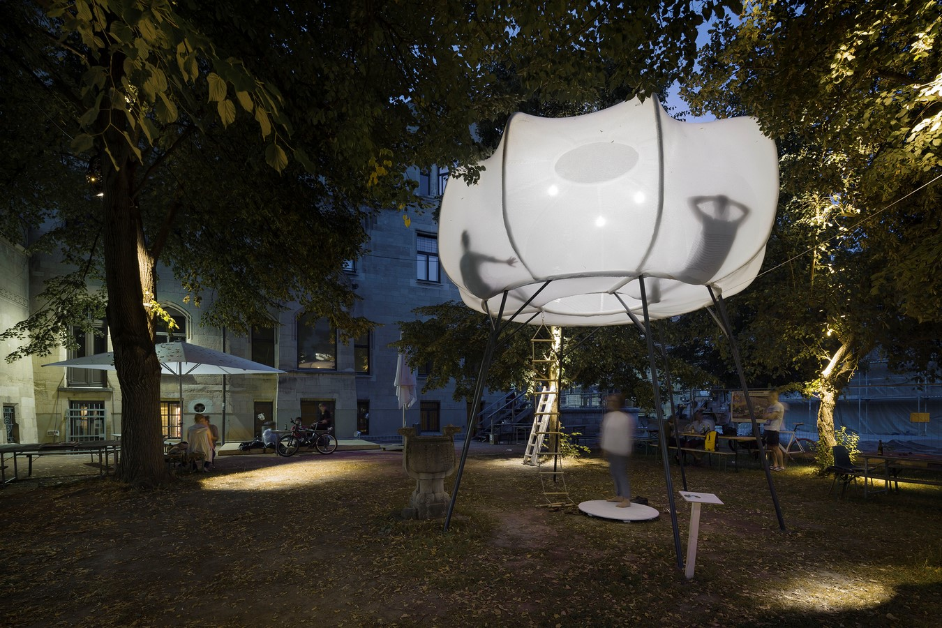 Cumulus, Inspired by the clouds, this art installation created by Clap Studio sheet6
