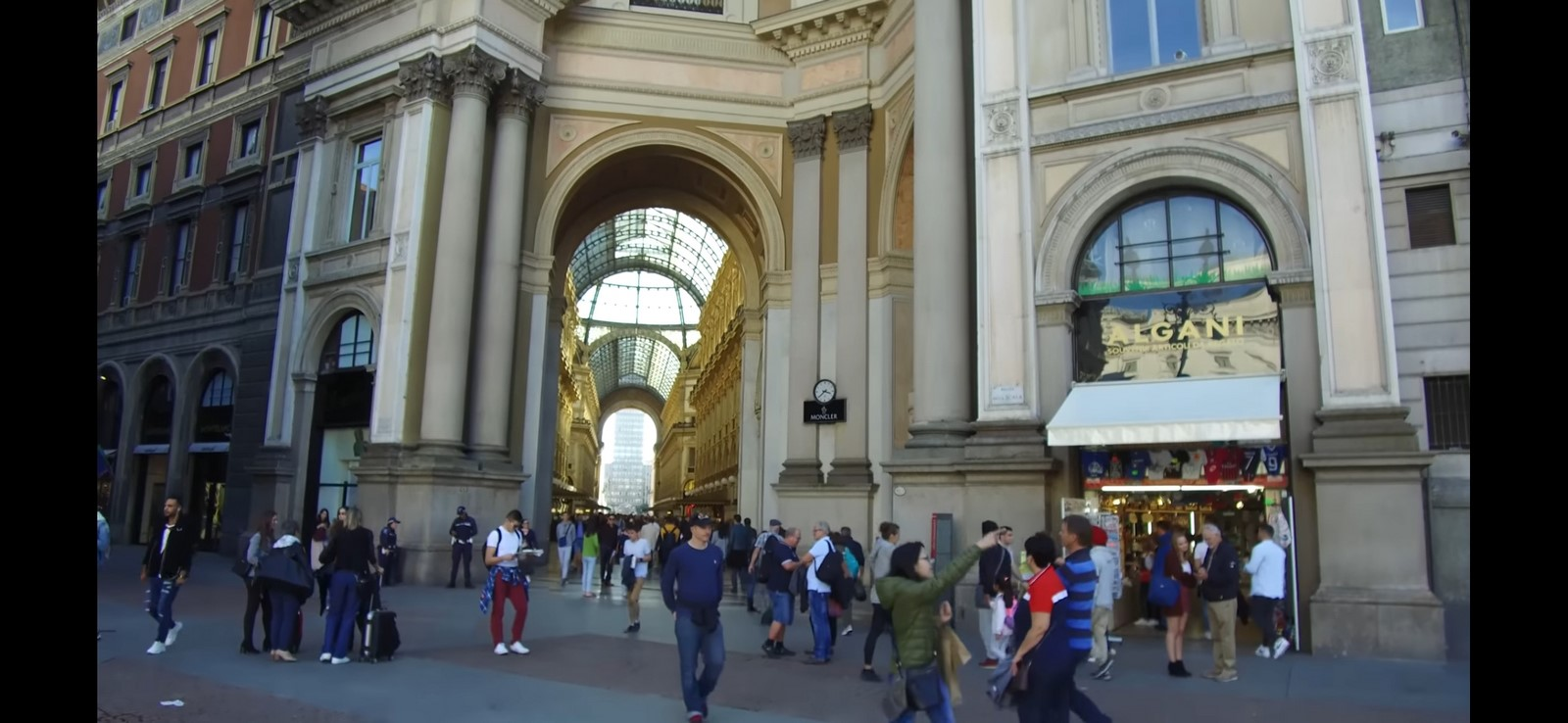Architecture of Cities: Milan: The economic heart of Italy sheet18