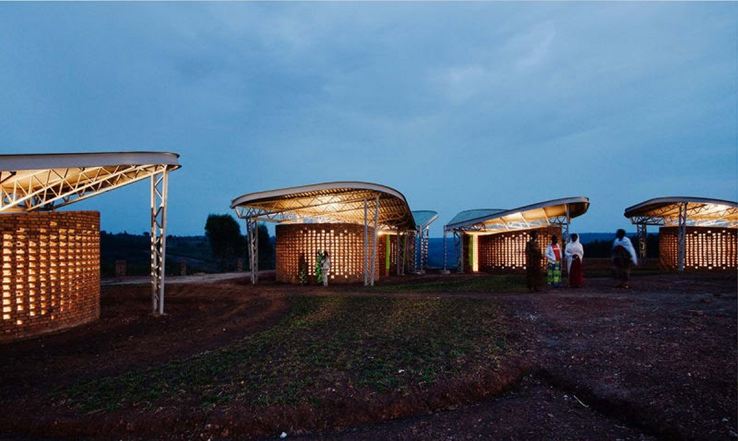 Reasons why architects should practise humanitarian architecture Sheet2
