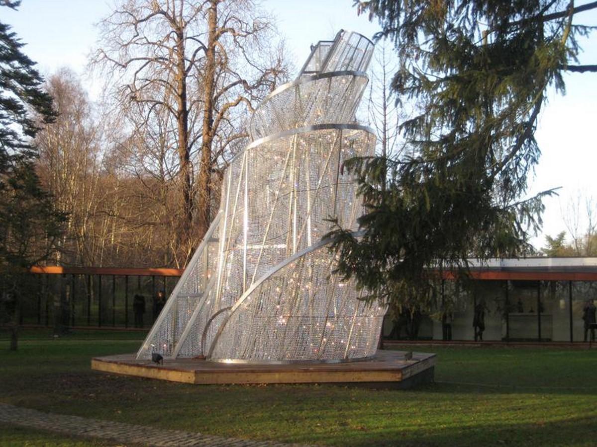Ai Weiwei Fountain of light, 2007 Sheet2