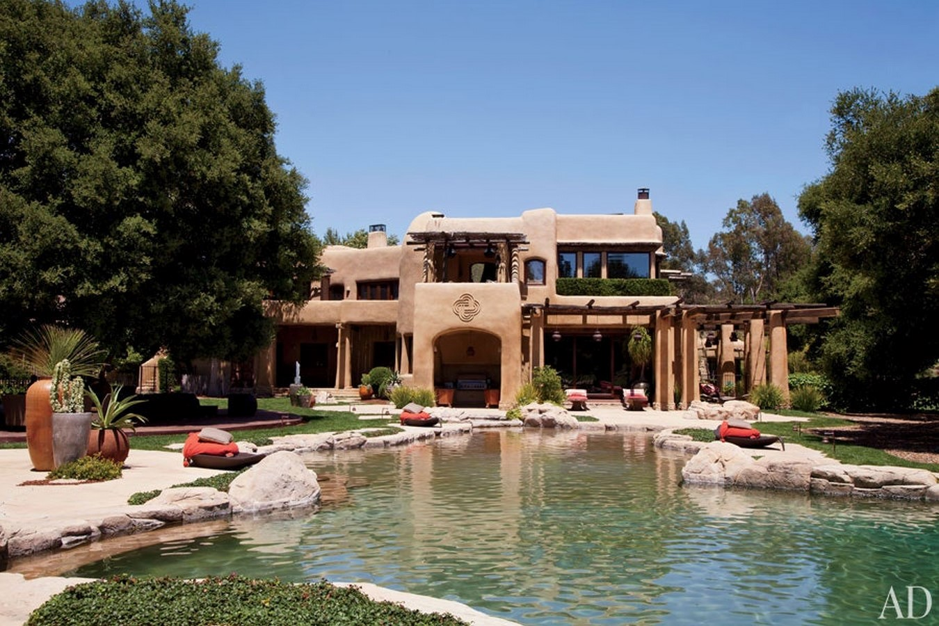 An inside look at all the houses owned by Will Smith Sheet6