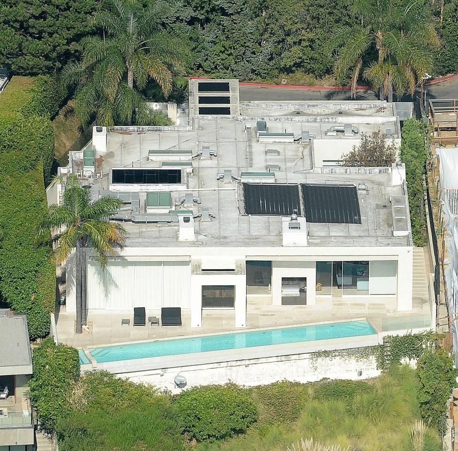 Keanu Reeves Houses - sheet2