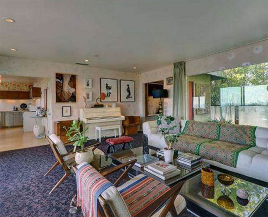 An inside look at all the houses owned by Ryan Gosling Sheet 2