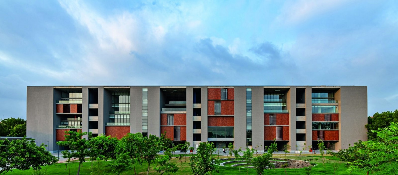 School of Arts and Sciences at Ahmedabad University by Rahul Mehrotra: Re-imagining Learning Sheet1