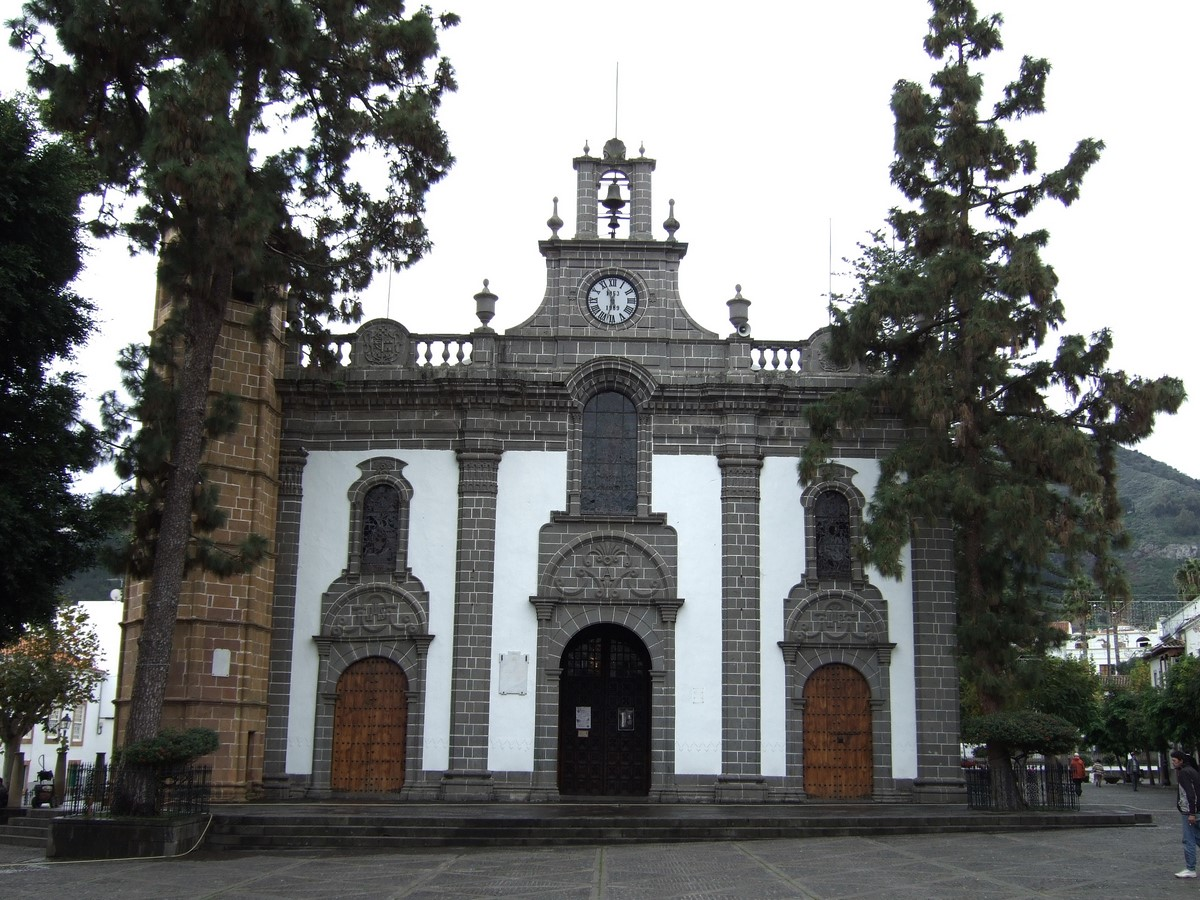 Architecture of Cities: Las Palmas: One of the largest cities in Spain Sheet11