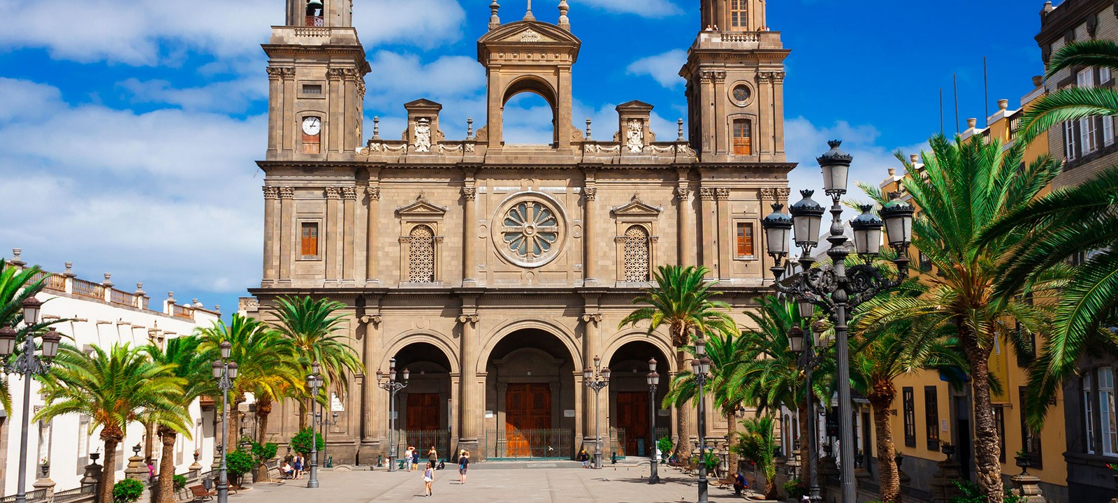 Architecture of Cities: Las Palmas: One of the largest cities in Spain Sheet8