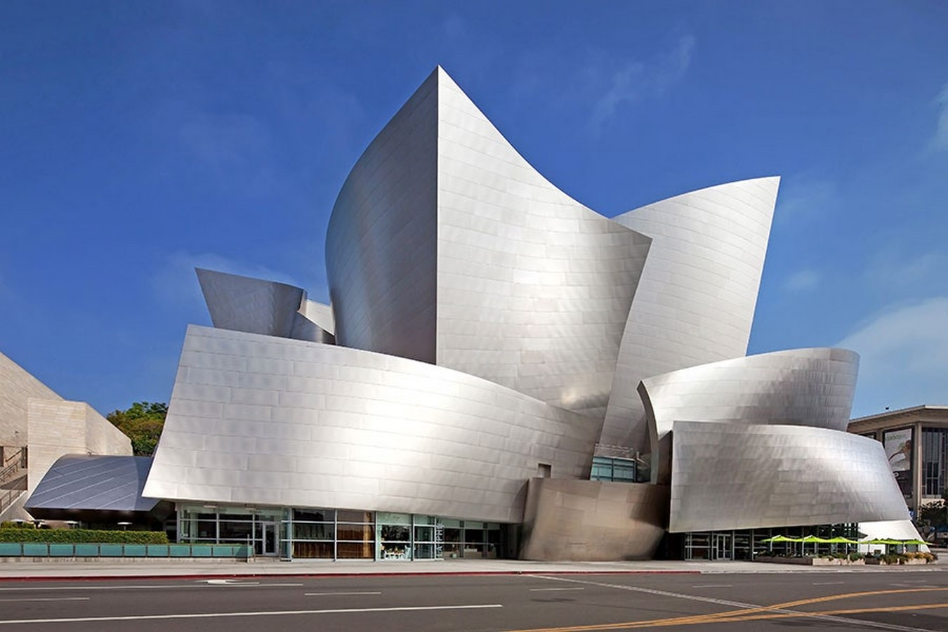 An Inside look at the Studios of Frank Gehry Sheet4