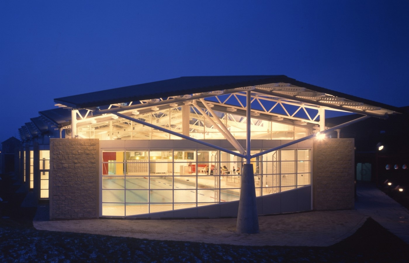 Hodder + Partners- 15 Iconic Projects Sheet32