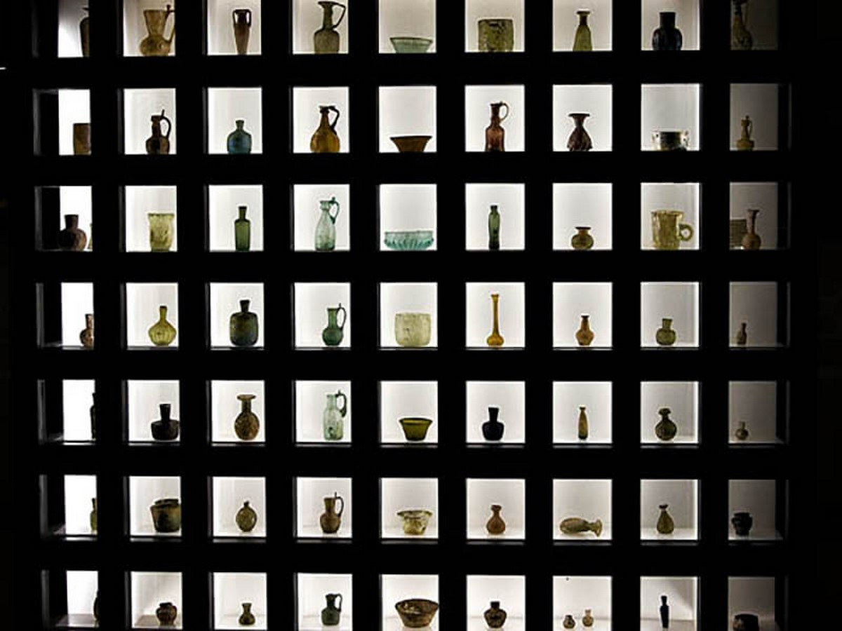 Glassware and Ceramic Museum of Iran by Hans Hollein: Palace turned Museum Sheet1
