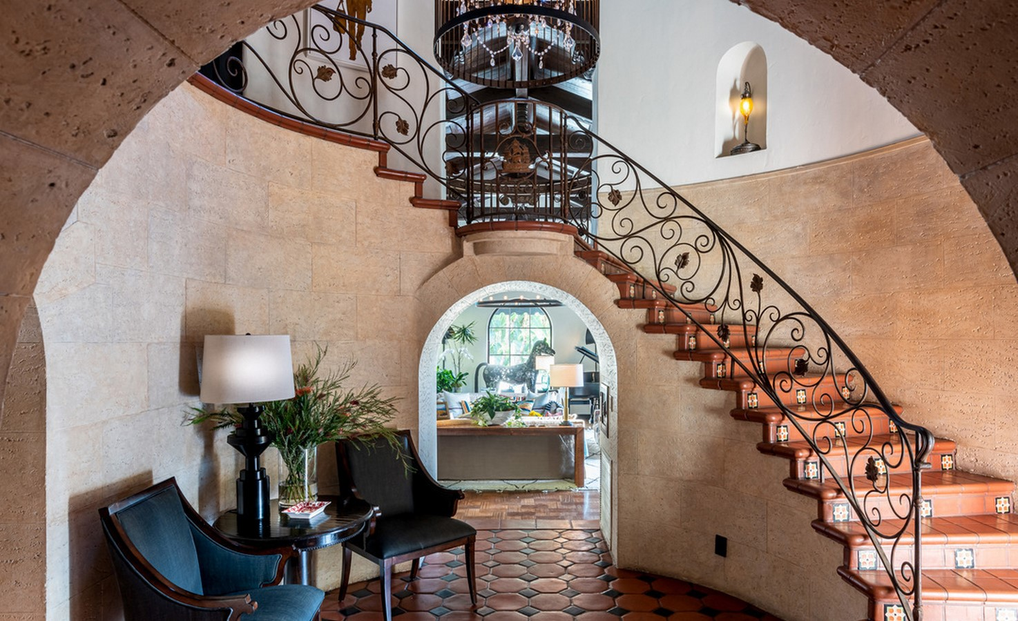 An inside look at all the houses owned by Jesse Tyler Ferguson Sheet3