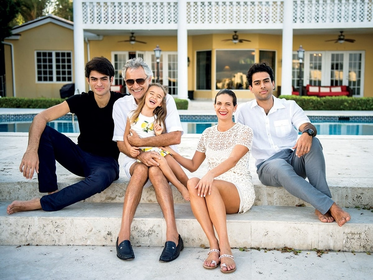 An inside look at all the houses owned by Andrea Bocelli Sheet10