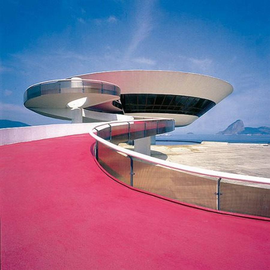Niterói Contemporary Art Museum by Oscar Niemeyer: Iconic Saucer-Shaped Structure Sheet1
