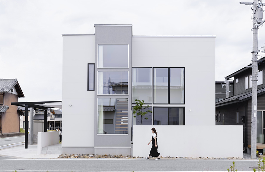 Nagahama House by Alts Design Office