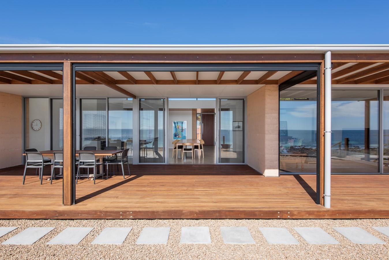 5162 Yorke Peninsula Beach House by Mountford William: Sheet 2