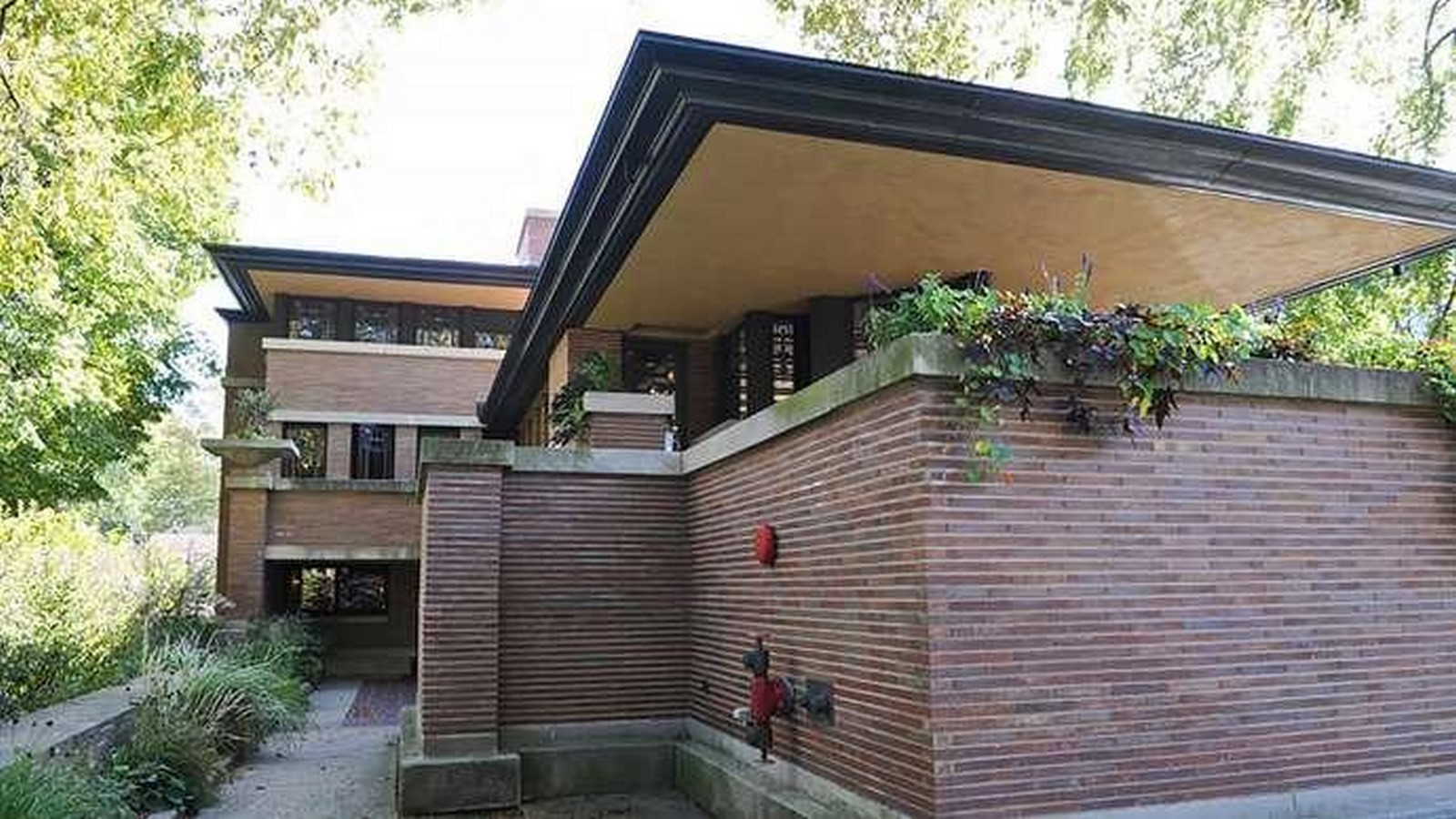 Frederick C. Robie House by Frank Lloyd Wright: Prairie style of architecture - Sheet7
