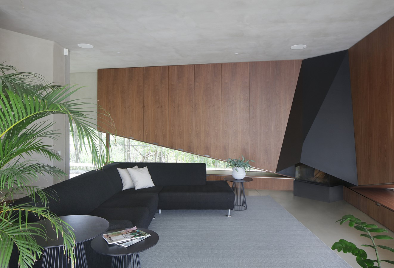 Belgian House Featuring Asymmetrical Angled Concrete Canopies designed by GRAUX & BAEYENS Architecten - Sheet15