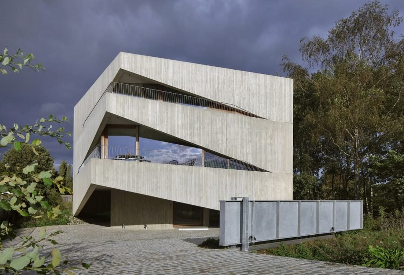 Belgian House Featuring Asymmetrical Angled Concrete Canopies designed by GRAUX & BAEYENS Architecten - Sheet2