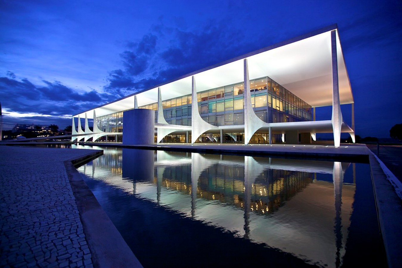 10 Reasons why architects must visit Brazil Sheet8